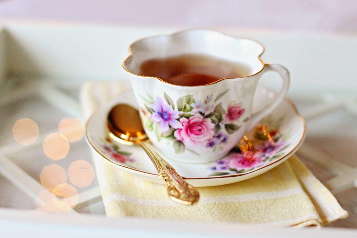 Dastaan e Rishta TeaTrolley